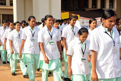Saudi Arabia recruits 1800 Indian nurses
