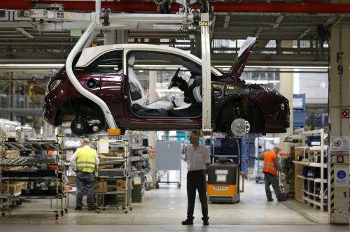 Hindustan Motors terminates 240 managerial staff