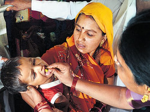 Sea of patients awaits 'fish medicine' today