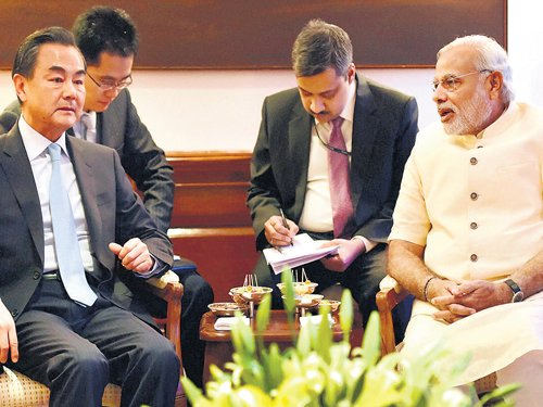 Modi accepts Chinese PM's invite to visit soon