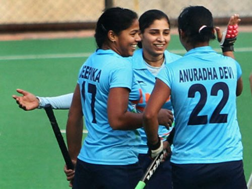 Indian eves beat Malaysia 2-0 in second hockey Test