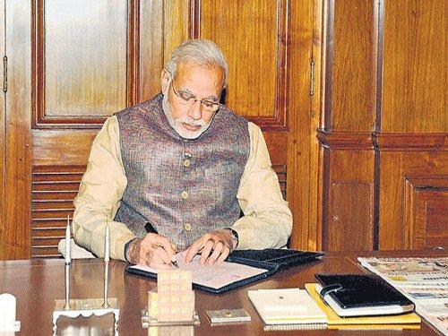 Modi scraps 4 Cabinet committees