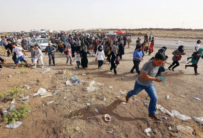 US mulls 'all options' as Iraq militants advance on Baghdad