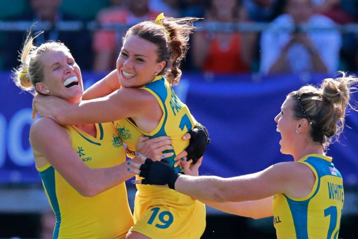 Australian women win shoot-out against USA to enter final