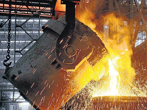 India's industrial output increases  by 3.4 % in April