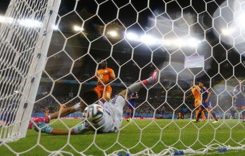 Ivorians coast to victory over Japan
