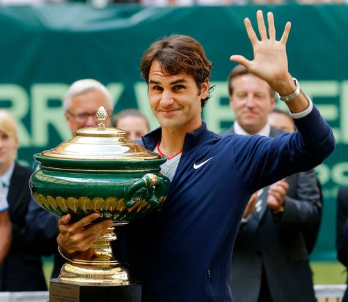 Federer wins Halle title for seventh time