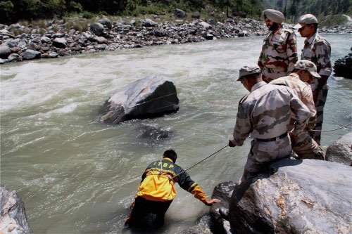 Beas tragedy: Water level increased, search temporarily hit