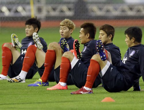 Returning Russia face Korean test in Cuiaba