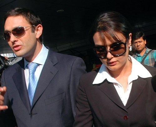 Wadias get threat calls over Zinta affair