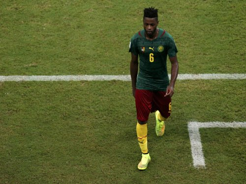 Cameroon coach 'disgusted' after player head-butts teammate