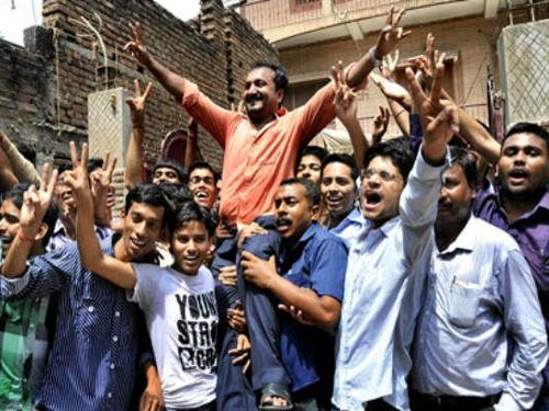 Super 30 wins laurel again, 27 out of 30 qualify for IITs