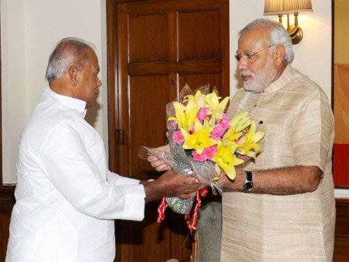 Bihar CM meets PM, pitches for spl category status for state