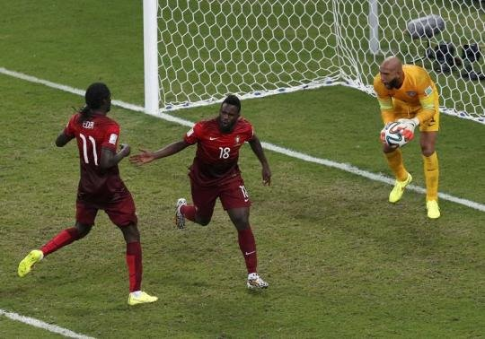 Portugal strike late to draw with U.S. and stay alive