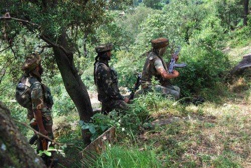 LeT foreign guerrilla killed in Kashmir gunfight