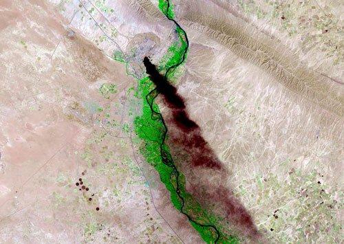 Militants capture Iraq's key oil refinery