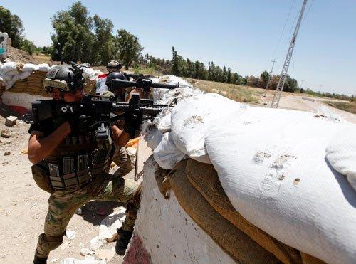 Iraq militants launch fresh raid on oil refinery