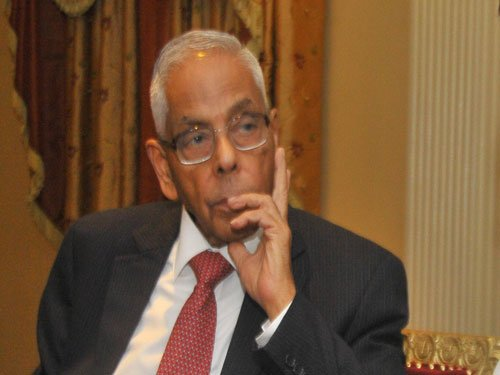 CBI questions Narayanan in connection with VVIP chopper deal