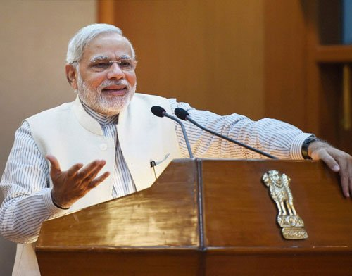 To help Modi gauge public mood, I&B Min watching social media