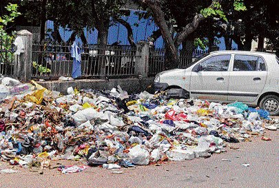 Garbage crisis raises its ugly head as festival fever grips City