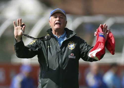 We are three steps from heaven: Scolari