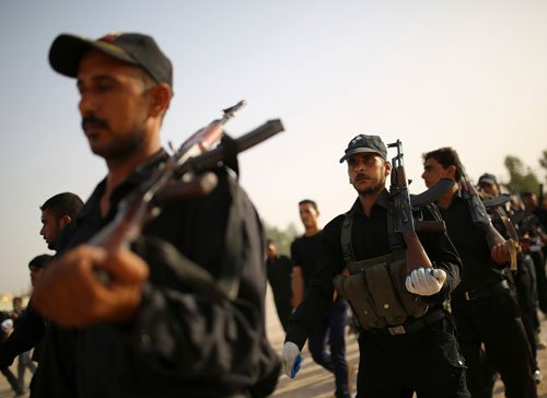 'Violence hits Iraq evacuation'