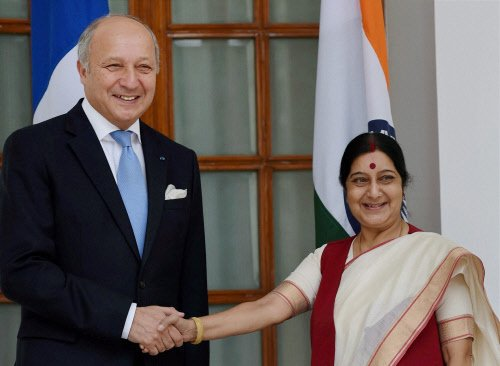France confident of $20 bn Rafale deal as Fabius arrives in India