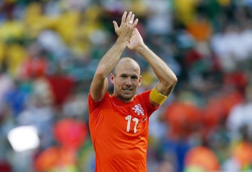 Robben sorry for diving; Dutch clarify