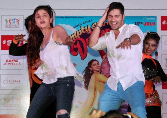 Alia and I have 'love and hate' relationship as friends: Varun