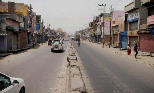 AAPSU bandh stalls Arunachal for second consecutive day