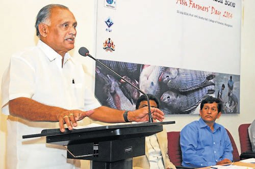 Fishermen's woes to end soon, promises Jain