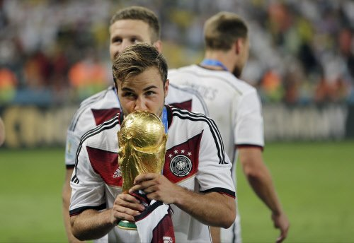 Show the world you are better than Messi, Loew told Goetze before final