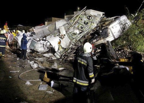 47 killed in Taiwan as plane makes botched landing