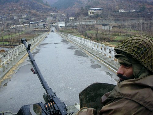 Pak govt to hand over security of capital to army from Aug 1