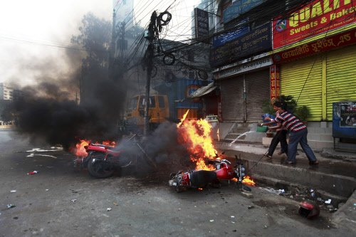 3 killed in clashes in Saharanpur, curfew clamped