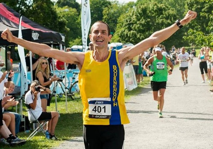From boozing, smoking to England's marathon man