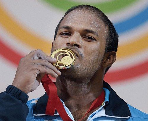 Satish decimates rivals; Ravi nails silver