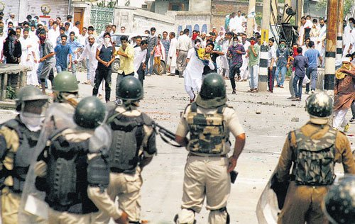 Anti-Israel protests rock Kashmir valley on Id