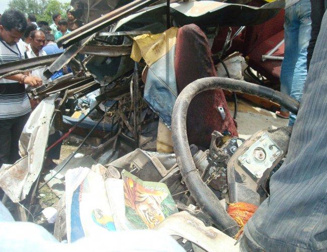 Toll rises to 18 in Medak mishap