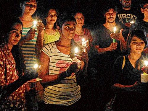 Candlelight vigil at 24 places  against rape at Vibgyor school