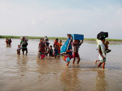 Centre assures all help to Bihar; rescue operation on