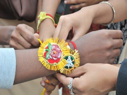 Varanasi widows to send 1000 rakhis to 'brother Modi'
