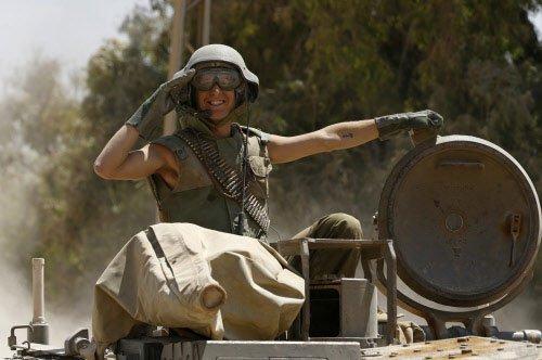 Gaza crisis: 72-hour fragile ceasefire begins