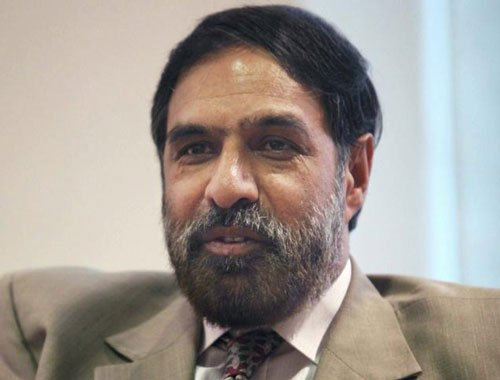 Not being obstructionist on insurance bill: Anand Sharma