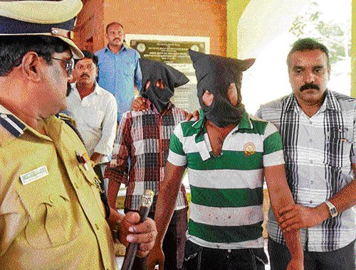 Two arrested for distributing ISIS T-shirts in Tamil Nadu