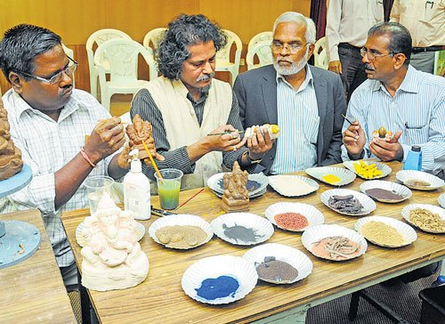 KSPCB promotes eco-friendly Ganesha idols