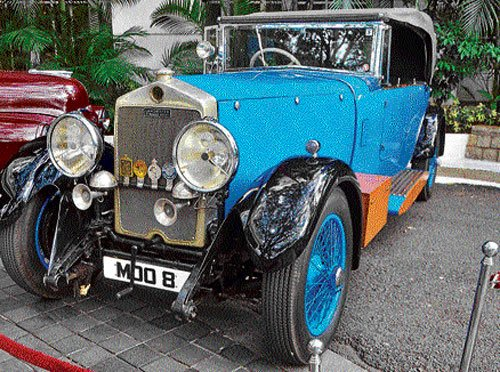 Vintage cars to rally  for women's safety