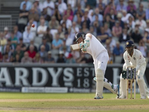 England reach 113/3 at stumps after bowling out India for 152