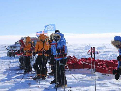 Antarctic researchers lose heating at -55 degrees