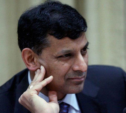 Rajan's inflation stance risks standoff with govt